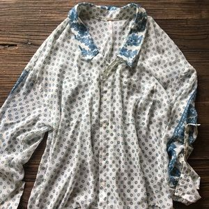 Free People | Button Up Pattern Blouse Size Small